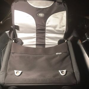Tumi T3 Slim Computer Bag. Mint Condition
